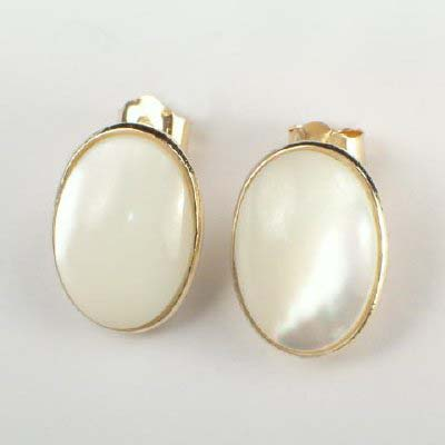 14k Gold Oval Mother Of Pearl Earrings