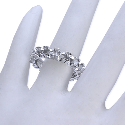 Handmade mounting 18k white gold band