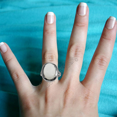 14k Mother of Pearl Ring