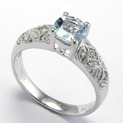 18k Gold Aquamarine Diamond Ring
