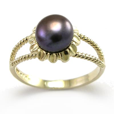 14k Gold Black Pearl Ring