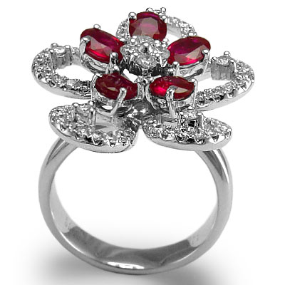 18k Gold Diamond and Ruby Flower Ring