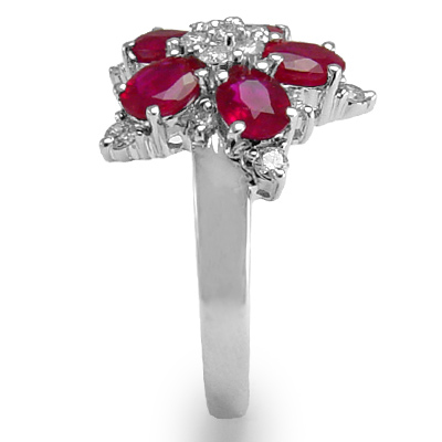 18k White Gold Ruby Diamond Ring