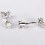 14k Gold Diamond Studs 1/5CT.