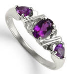 Mother's ring Three Stone Amethyst 10k
