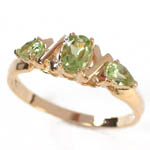 14k Gold Peridot Ring 1.0ct.