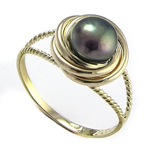 10k Love Knot Pearl Ring